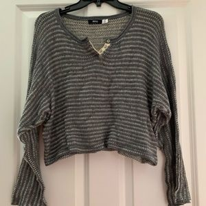 BDG CROPPED SWEATER
